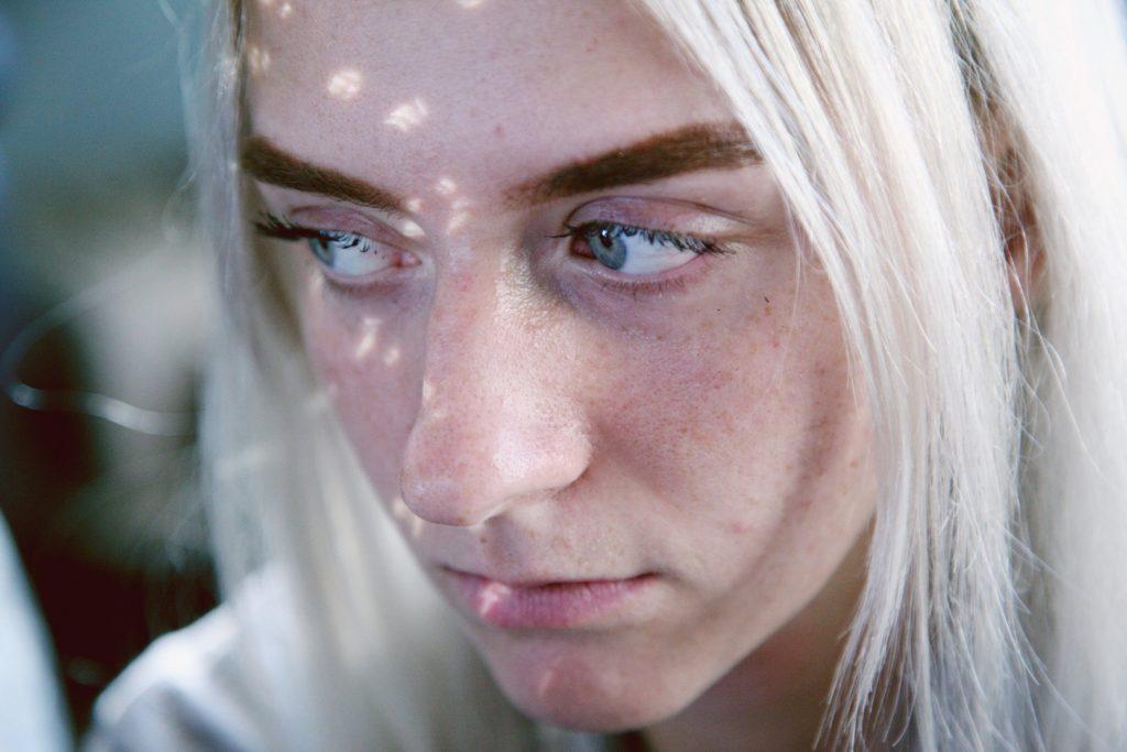 Quels sont les traitements naturels contre l'acné ?