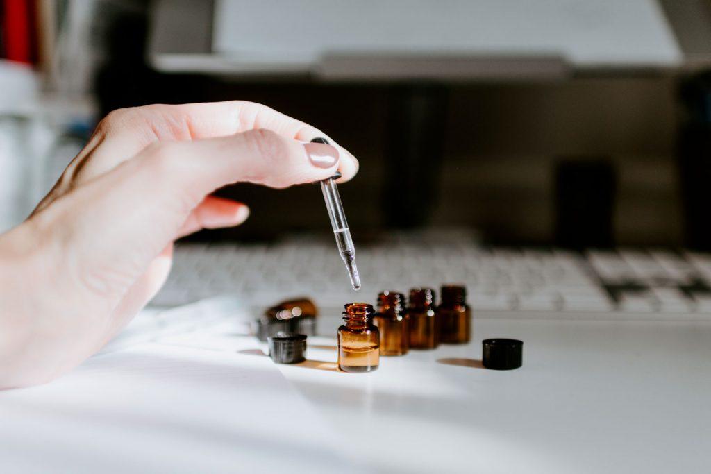 Formation aromatologue : comment devenir aromatologue ?