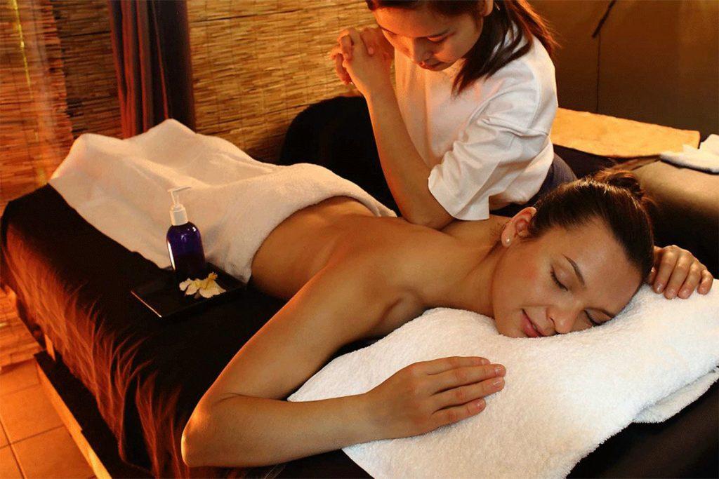 Découvrez le massage thaïlandais, un massage ancestral profond et complet